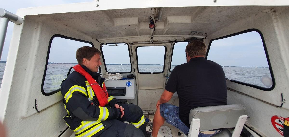 Steinhuder Meer: festgefahrenes Segelboot