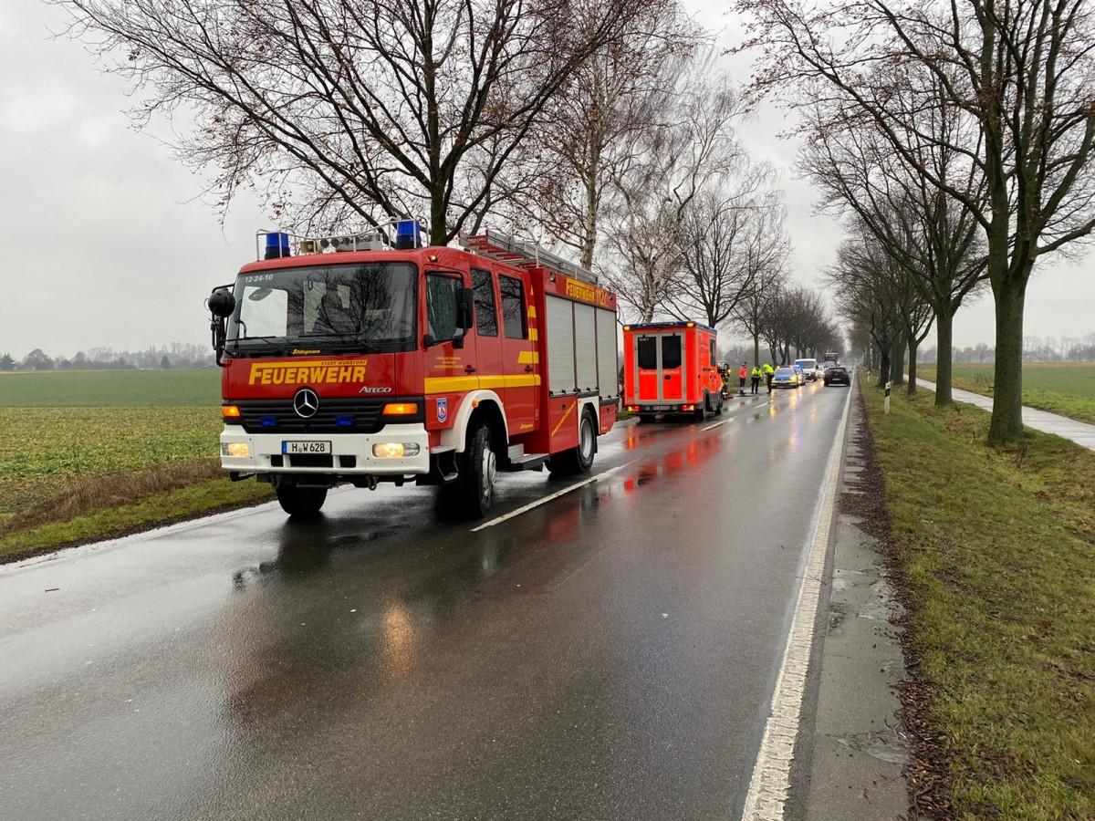 K331 Richtung Altenhagen: VU auslaufende Betriebsstoffe
