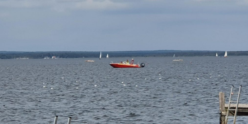 Steinhuder Meer Südseite: herrenloses Boot